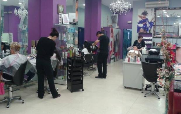 Completa sesión de peluquería