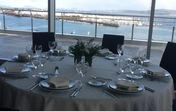 Exclusivo menú para 2 con vistas al mar