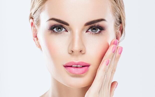 Excelente tratamiento facial: sérum específico, mascarilla oro 24k, tecnología ageLOC y más