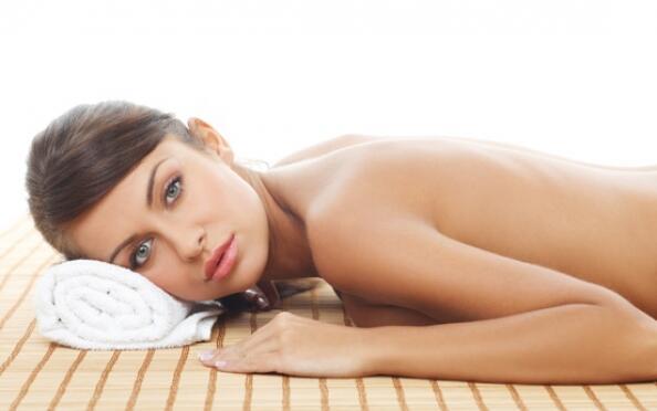 Completo peeling corporal y facial con aceites esenciales+Hidratación con Aceite de Chocolate