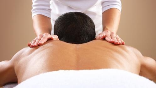 1, 2 o 4 masajes de 50 min. a elegir en Centro Quirox, incluye asesoramiento profesional.