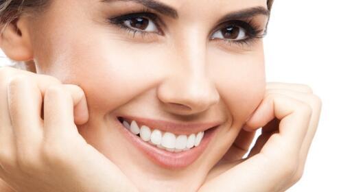 Higiene facial Detox, peeling e hidratación