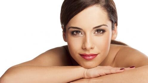 Completo y exclusivo tratamiento facial. ¡Estrena una piel nueva!