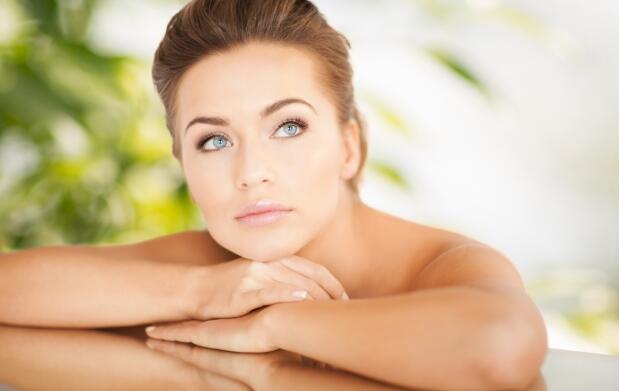 Tratamiento facial Premium: radiofrecuencia, limpieza, peeling, masaje y ¡más!