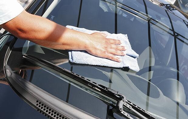 Limpieza integral del vehículo. Ferrol