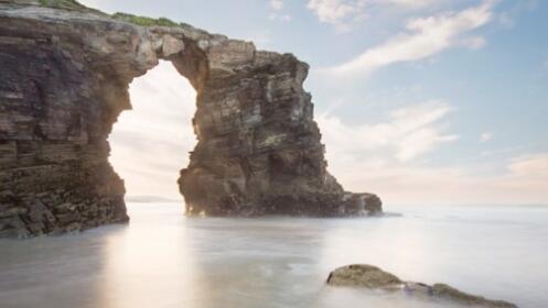 Escapada a la playa de As Catedrais: alojamiento, desayuno y comida