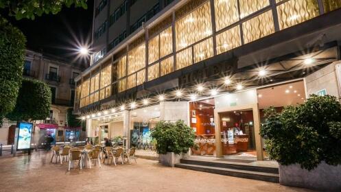 2 días en Port Aventura+Ferrari Land+hotel