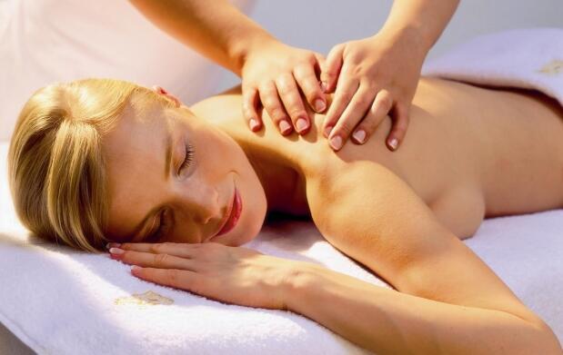 masaje y maquillaje o limpieza facial expres