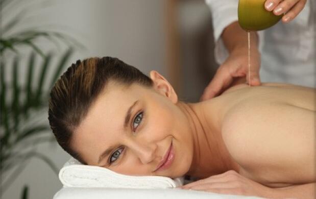 Peeling corporal, hidratación  y masaje